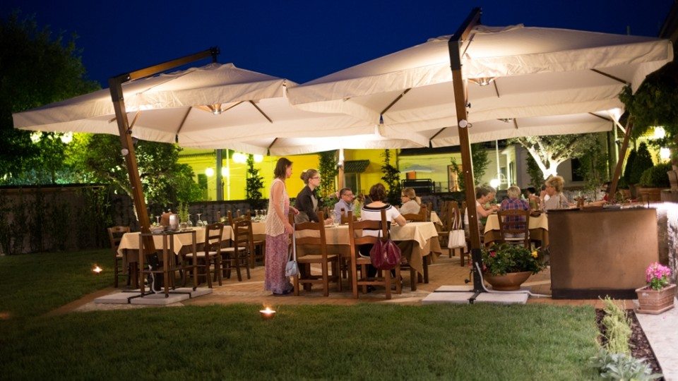 """Il 26 giugno a Il Foro dei Baroni di Puglianello (BN) """"DiVini D'Estate"""", degustazione in giardino di vini campani e pizze con impasti speciali"""