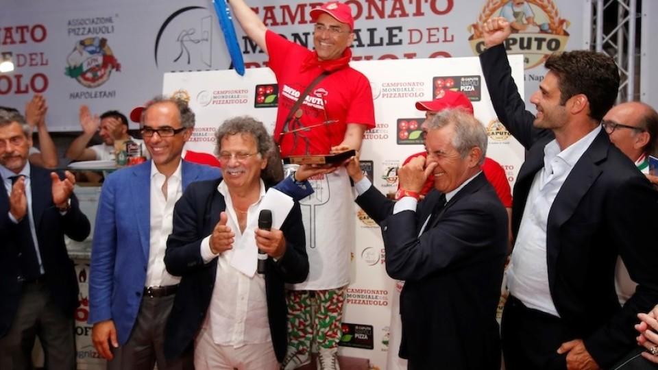 Napoli Pizza Village, vince un lucano il Mondiale Pizzaiuolo!