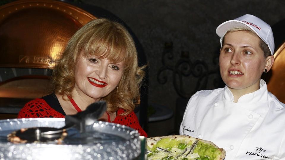 """Prima edizione de """"La Pizza è femmina"""": vincono Mariolina Suppa e la pizzaiola Pasqua Mazza"""
