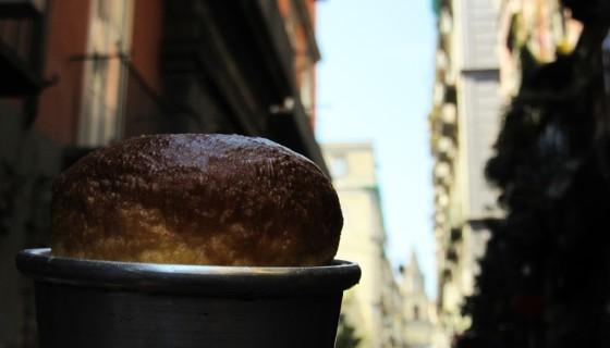 BABÀzona, mostra fotografica di Emilia Sensale e babà personalizzati con gelati e creme di Guglielmo Mazzaro