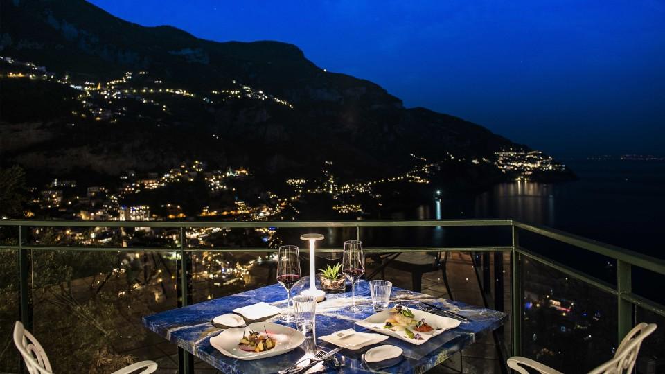 All'hotel Le Agavi di Positano tre giorni di festa tra musica, cibo e fuochi d'artificio