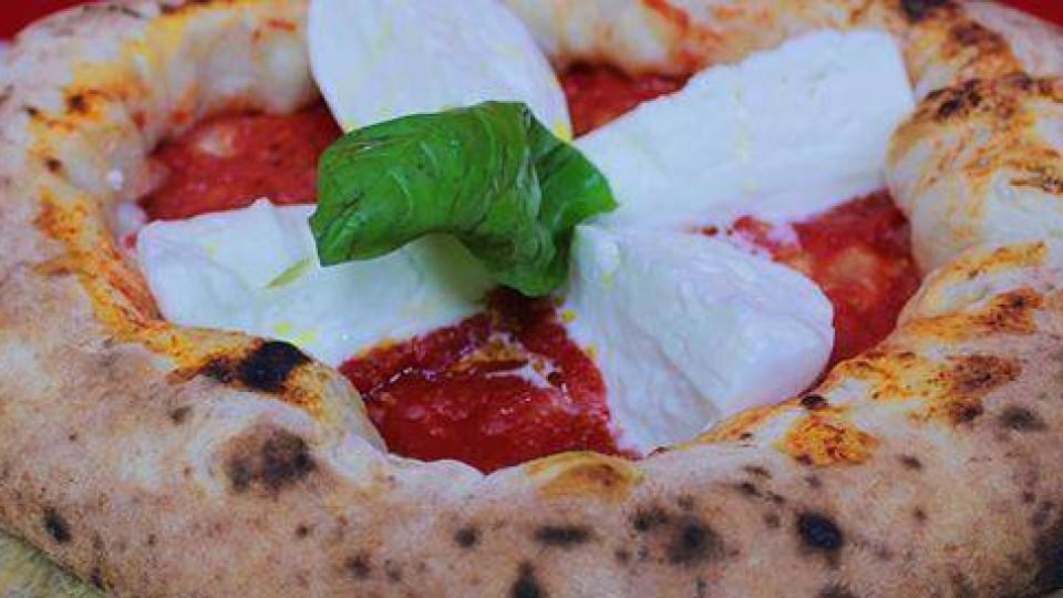 """L'Associazione Spaghettitaliani e la Pizzeria Ferrillo presentano """"Serata Pizzarelle"""""""