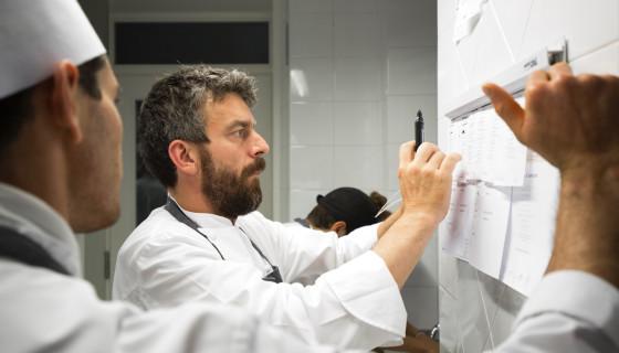 Il ristorante NOVE dello chef Giorgio Servetto vince il premio Ristorante dell'Anno per la Guida Bibenda 2018